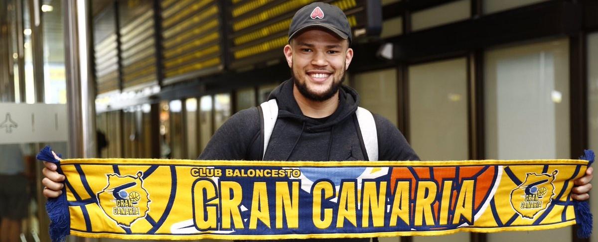 Nelson, a su llegada a Gran Canaria: «Estoy deseando empezar»