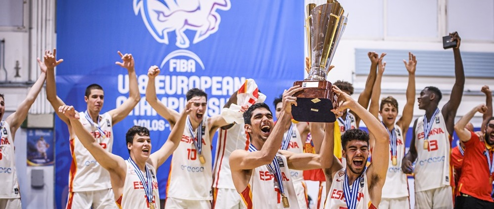 El grancanario Santi Aldama hace a España campeona de Europa U18