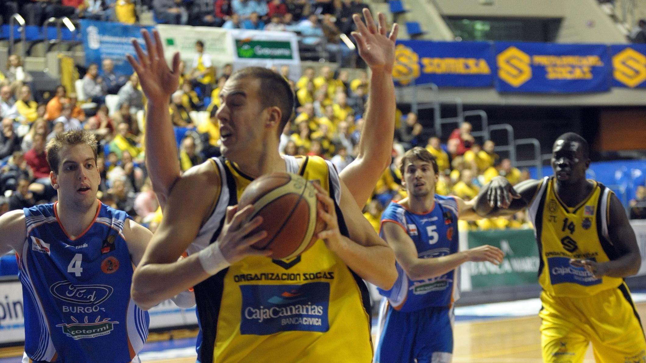 Víctor Serrano finaliza su periodo de prueba en Almansa y se incorpora al Ourense