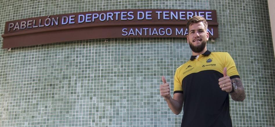 El Cantera Base 1939 Canarias confirma que Fran Guerra será aurinegro la próxima temporada