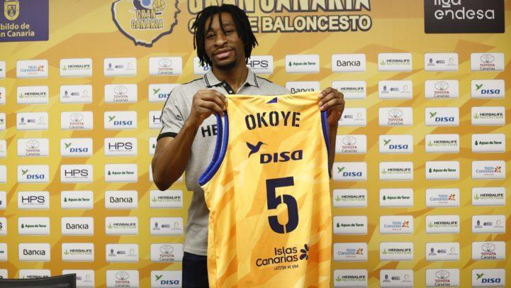 Okoye, en su presentación: «Ganar es siempre mi objetivo»