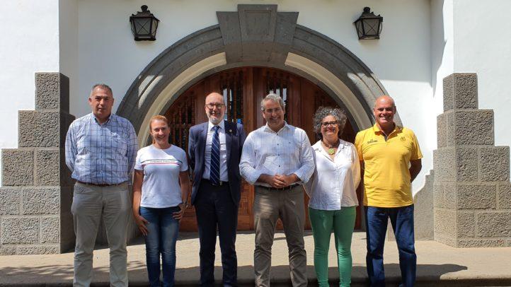 Firgas y Gran Canaria – Claret acuerdan la creación de una Escuela de Formación