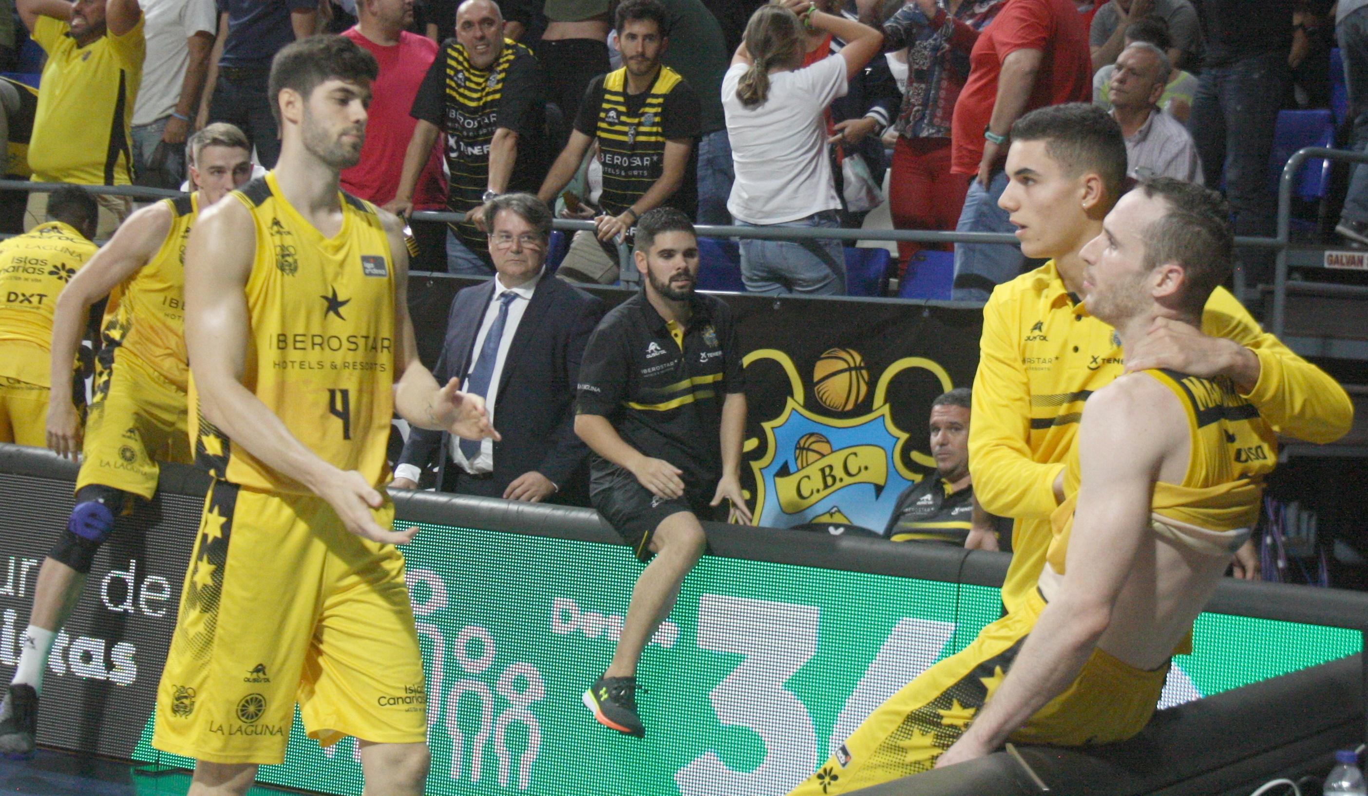 El duelo aurinegro frente al Baskonia, en fotografías de @BasketInsular