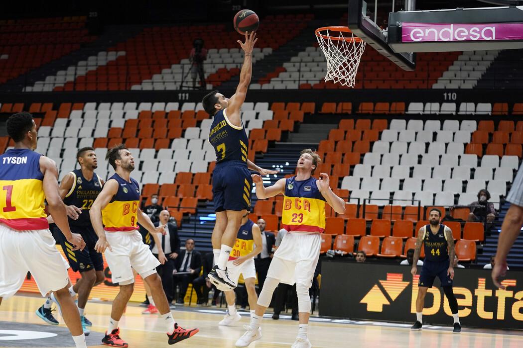 Andorra demuestra que el Madrid no está bien y anima el grupo B