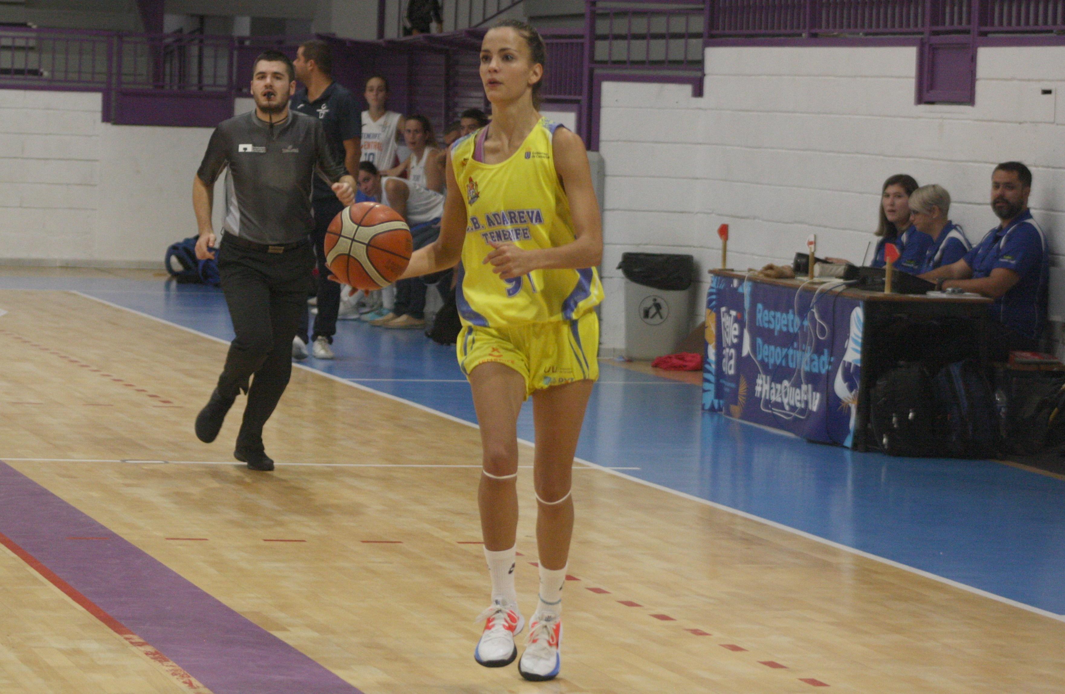 Alba Peña renueva una temporada más con el Adareva