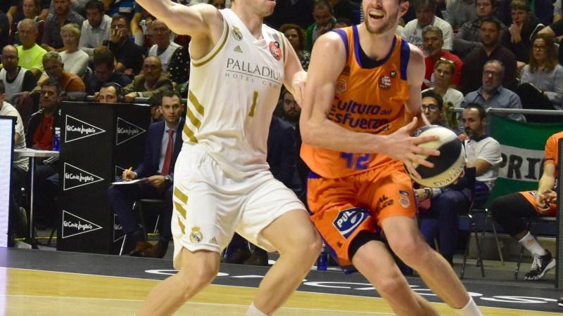 Valencia Basket incluye a Doornekamp en derecho de tanteo y complica su fichaje por el Cantera Base 1939 Canarias