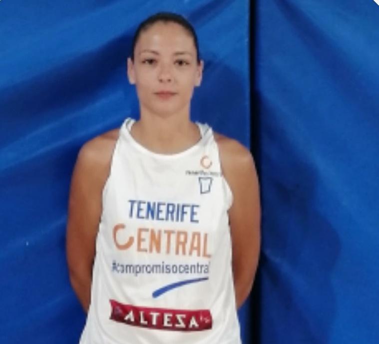 Judit González, nueva pívot del Tenerife Central