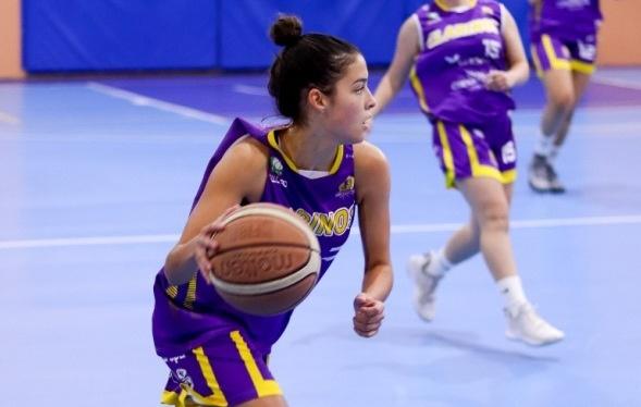 La tinerfeña Sofía Afonso jugará en el Picken Claret de Liga Femenina 2