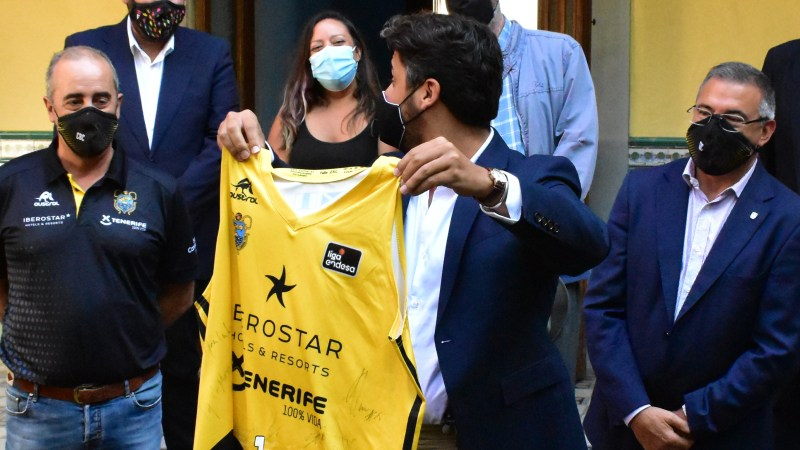 Gutiérrez, a Vidorreta: «Míster, ya tengo la camiseta»