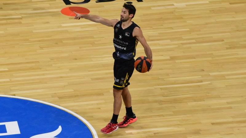 Fitipaldo, Mejor Jugador Latinoamericano de la Jornada 1