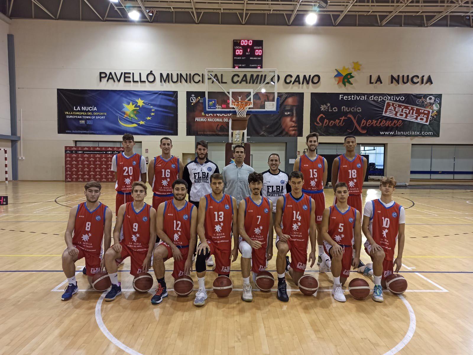 Gran partido de Arturo Fernández en el quinto triunfo de Alicante en Liga EBA
