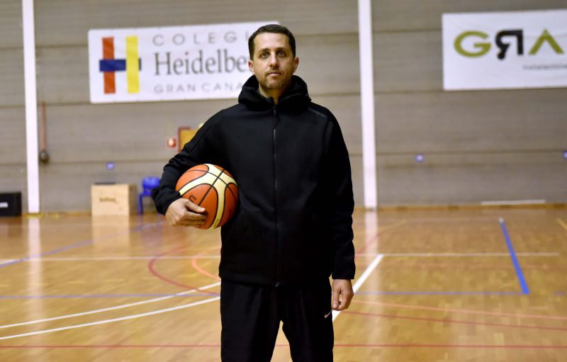 Pablo Melo entrenará en el colegio Heidelberg