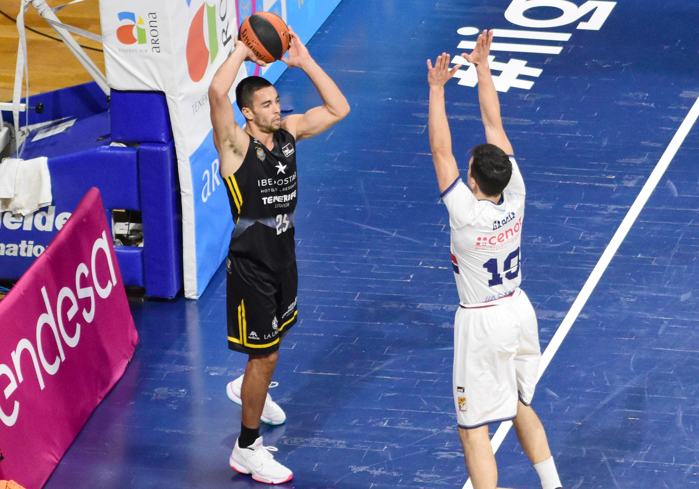 Álex López volvió a jugar seis partidos después