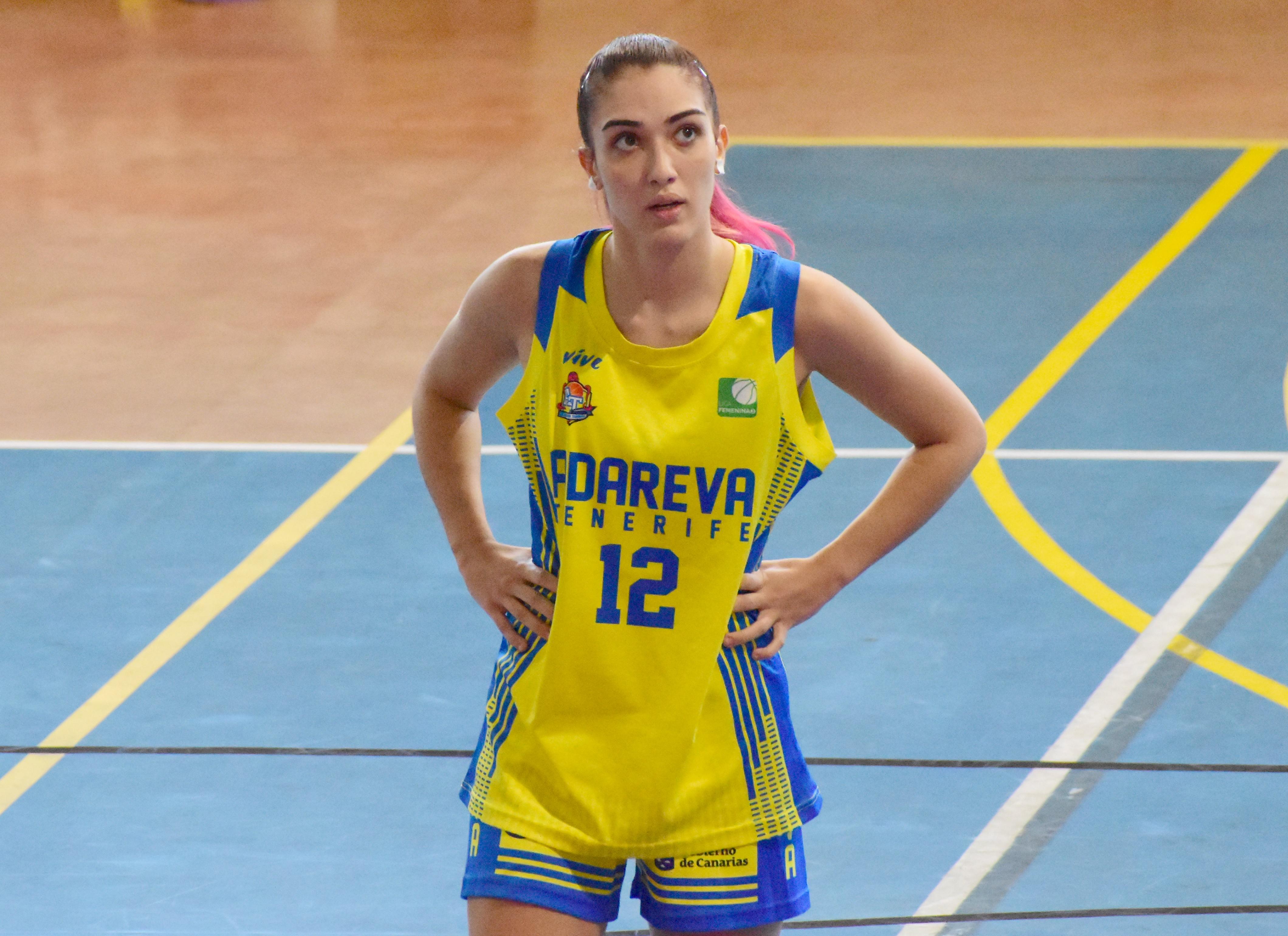 Miriam González regresa al Tenerife Central para aspirar a todo en Primera División Nacional
