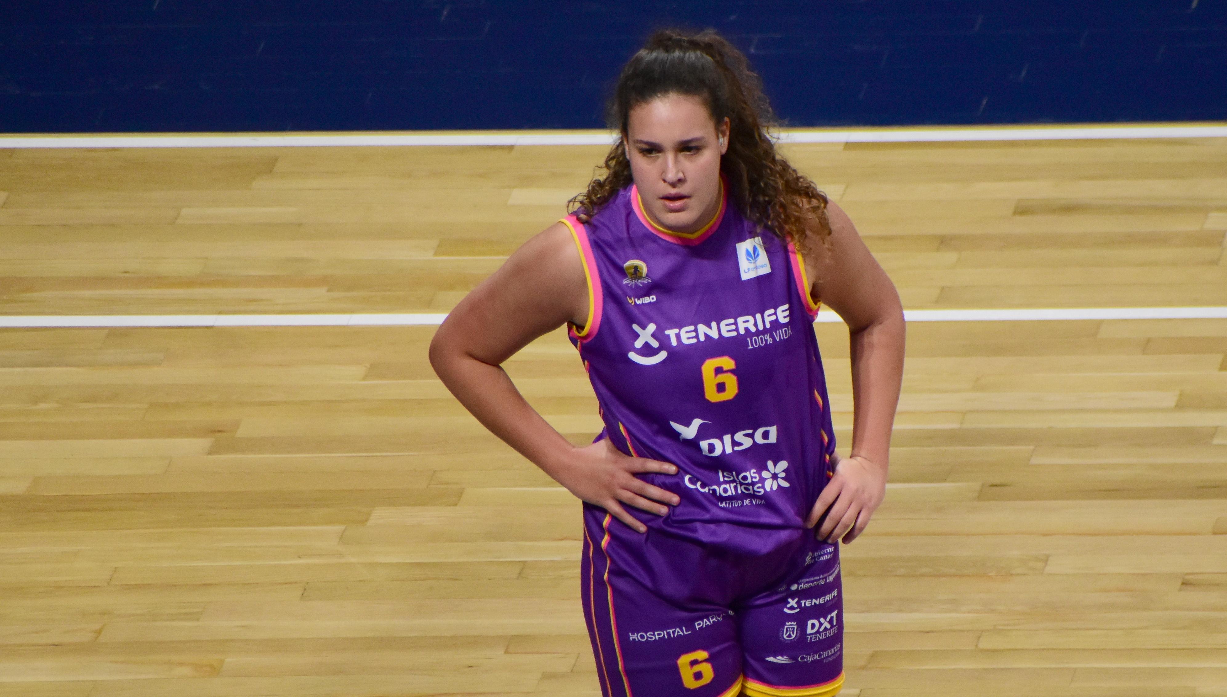 Andrea Rodríguez debutó en Liga Femenina, a pesar de que Claudio García dijo que no podría contar con ella