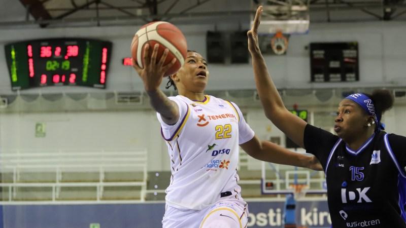El Clarinos gana en su visita al Ibaeta y certifica que jugará el 'playoff' por el título de Liga Femenina