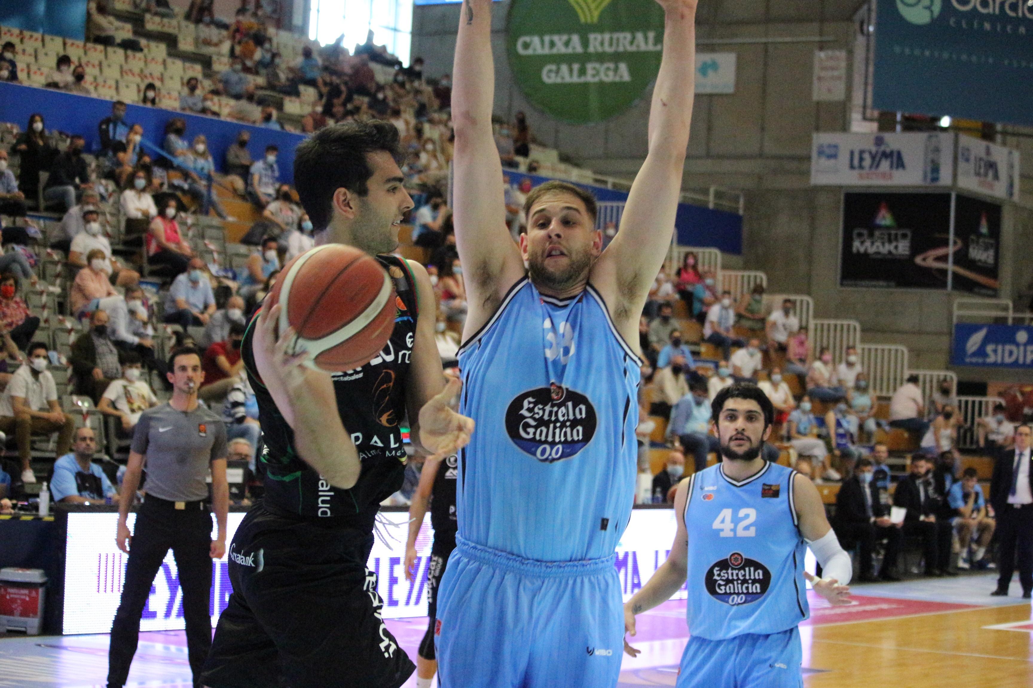 Jacobo Díaz cae eliminado en cuartos de LEB Oro y pone fin a su cesión en Mallorca