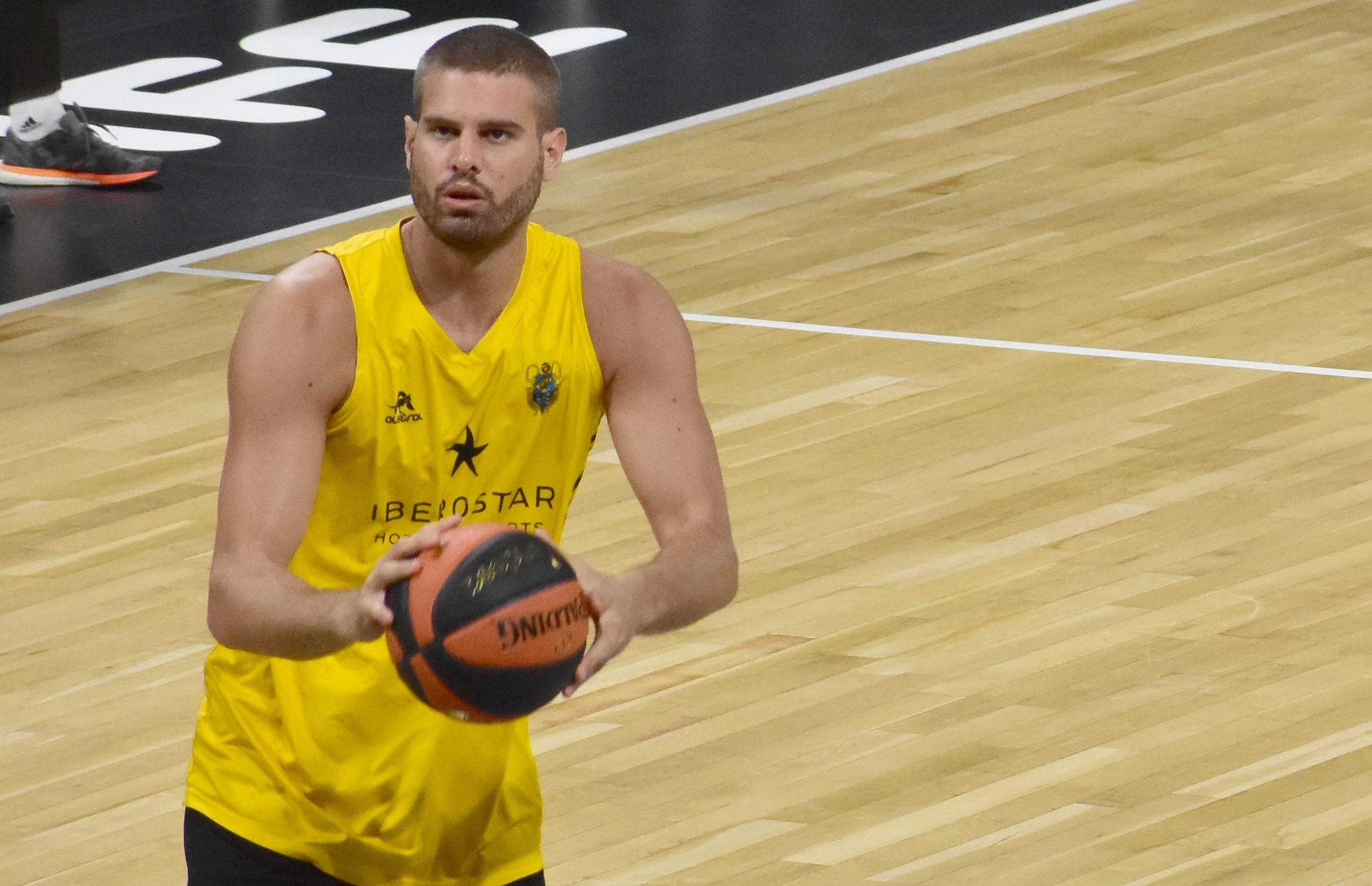 Bogris vuelve a Grecia y jugará en el AEK de Atenas