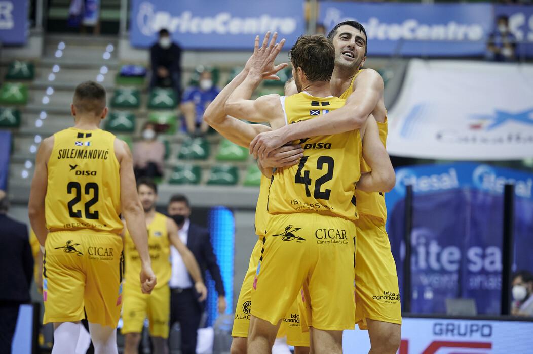 Los aurinegros pasan el rodillo en Burgos y hacen historia alcanzando las semifinales de la ACB