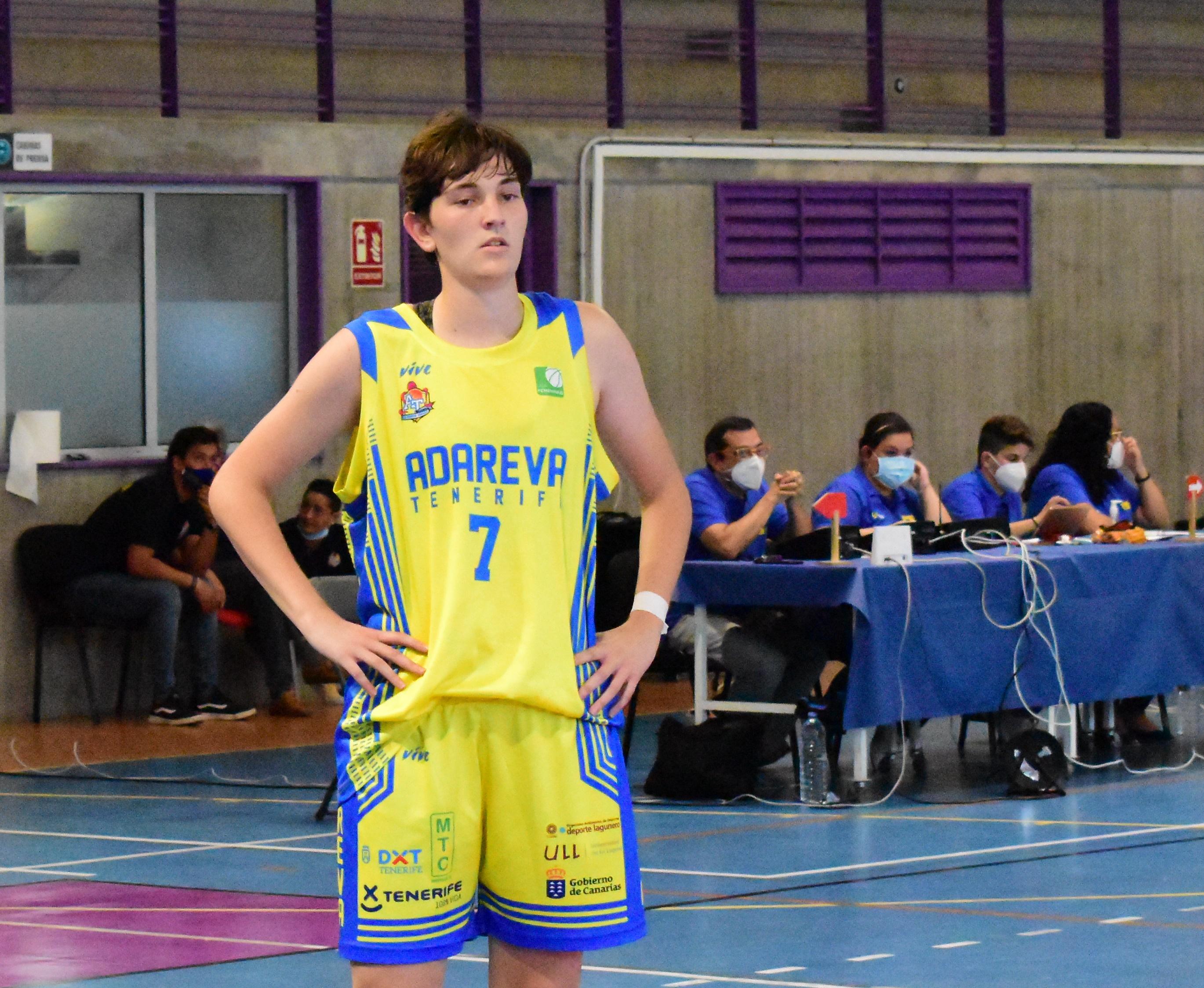 Noelia Ibáñez cumplirá su cuarta temporada en el Adareva y segunda en Liga Femenina 2