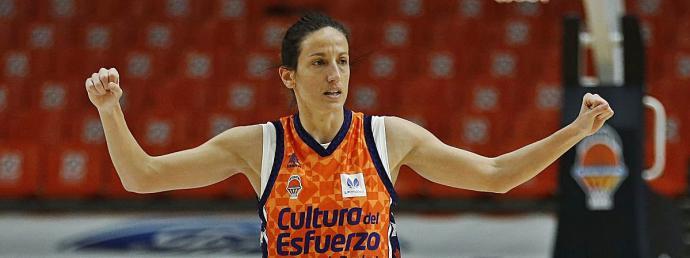 María Pina, de Valencia al Clarinos de La Laguna