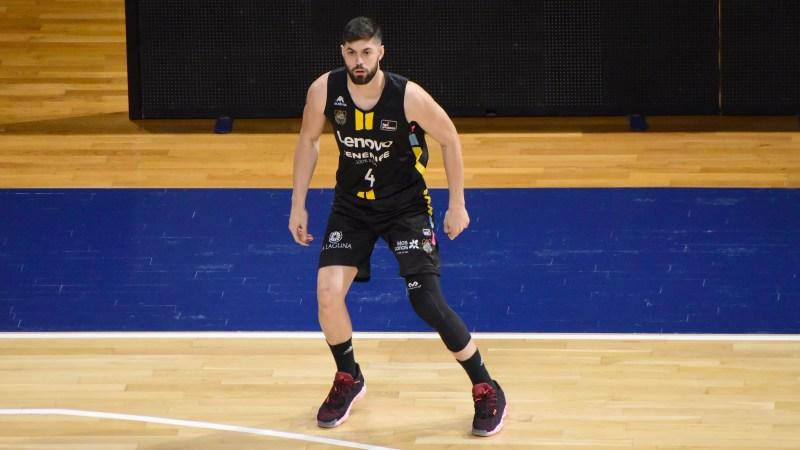 Santi Yusta firma dos temporadas con Basket Zaragoza