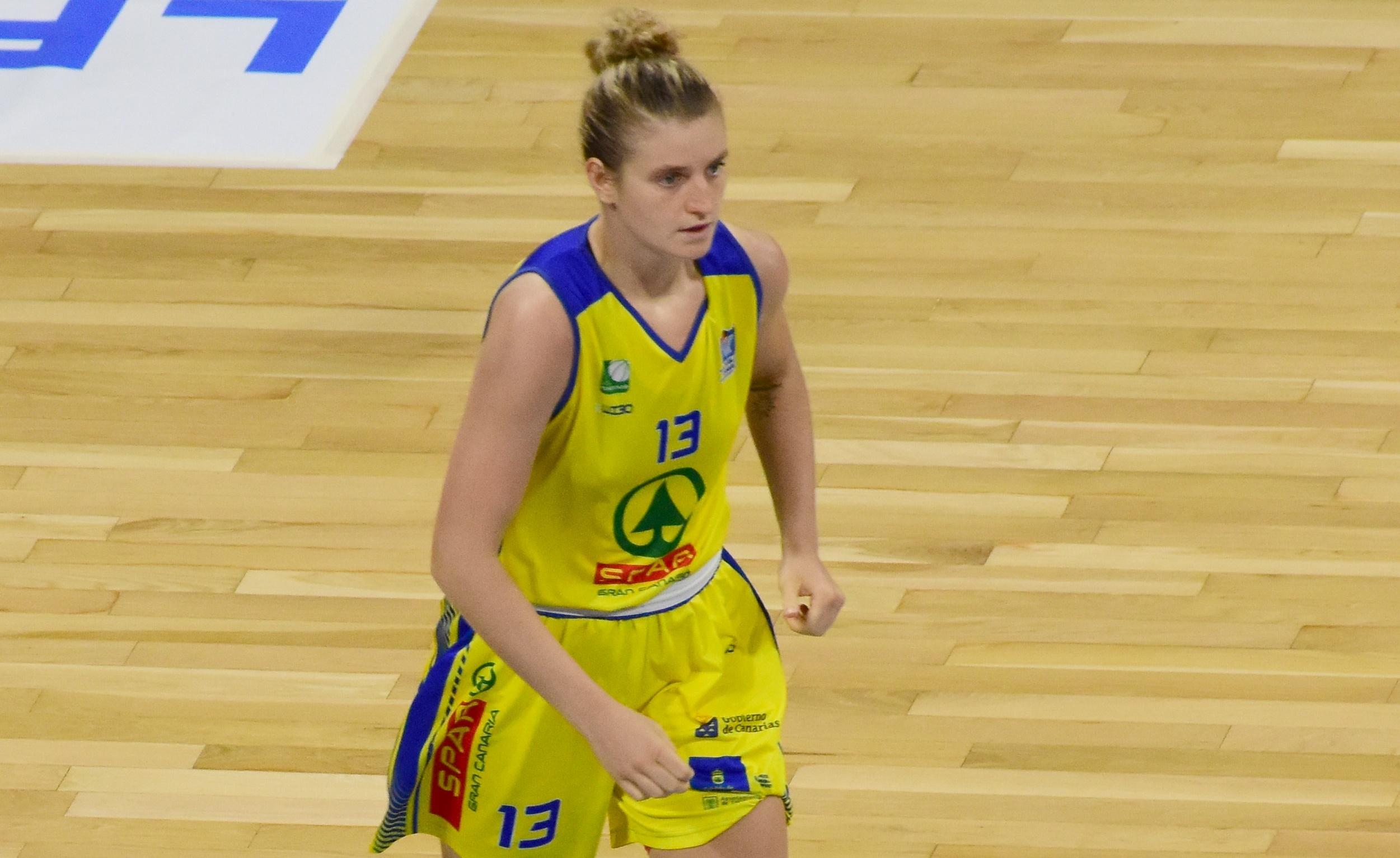 Alina Hartmann cumplirá su segunda temporada en el CB Islas Canarias