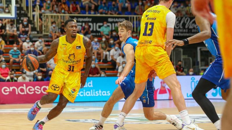 El Gran Canaria-Claret necesitó de una prórroga para sumar en Fuenlabrada la primera victoria del curso