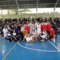 Pinheiros/SKY promove Copa Intercontinental e leva alegria às escolas de Barueri