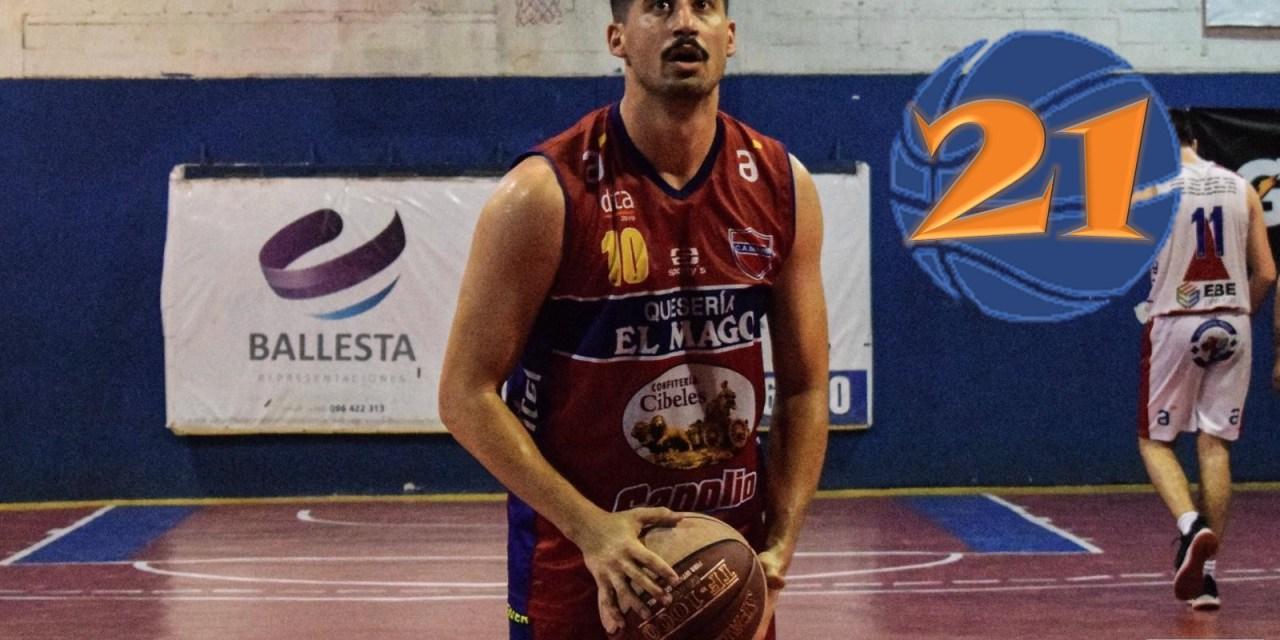21: Julio Panelli