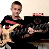 13歳のベーシストガブリエル君(Gabriel Severn)