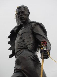 statue commémorative freddie mercury