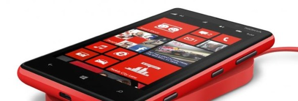 Nokia Lumia 920 ti da' la carica…anche wireless