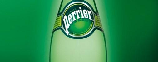 Brindisi di festa frizzanti con Perrier, l'acqua diventata leggenda