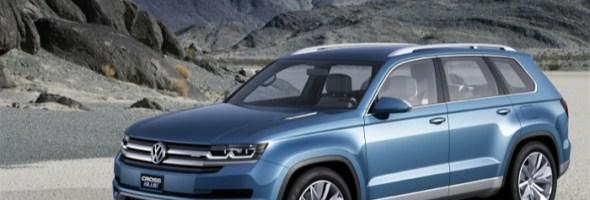 Anteprima mondiale della Volkswagen CrossBlue a Detroit: la Volkswagen presenta un prototipo di SUV con motore ibrido plug-in Diesel