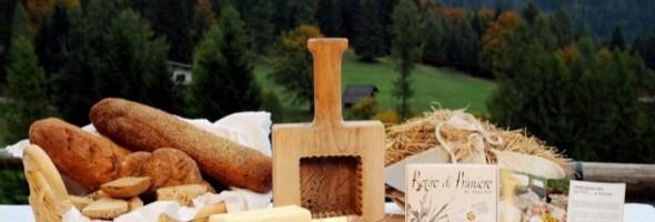 L'aperitivo di montagna protagonista a San Martino di Castrozza con stuzzicanti assaggi, finger food a base di formaggio di Primiero,  birre artigianali del territorio e celebri bollicine TRENTODOC