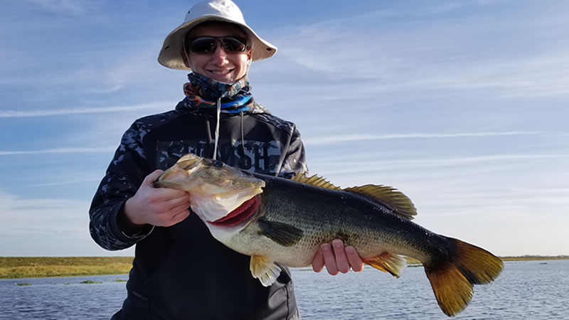 Hideaway Big Bass Fishing while Visiting Orlando Florida