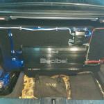 Сабвуфер в Mercedes-Benz E (W211)