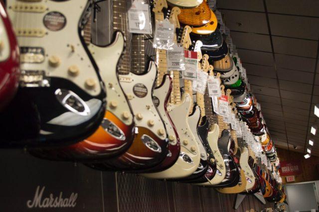 ギターがカッコいい7人