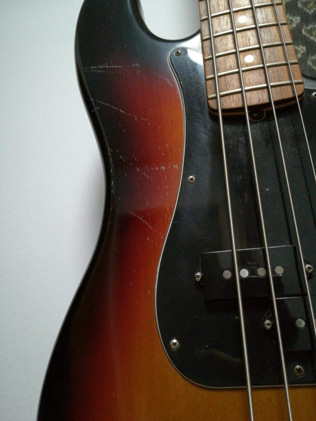Precision bass are easy to make sounds with!What is the appeal of a precision-bass product?