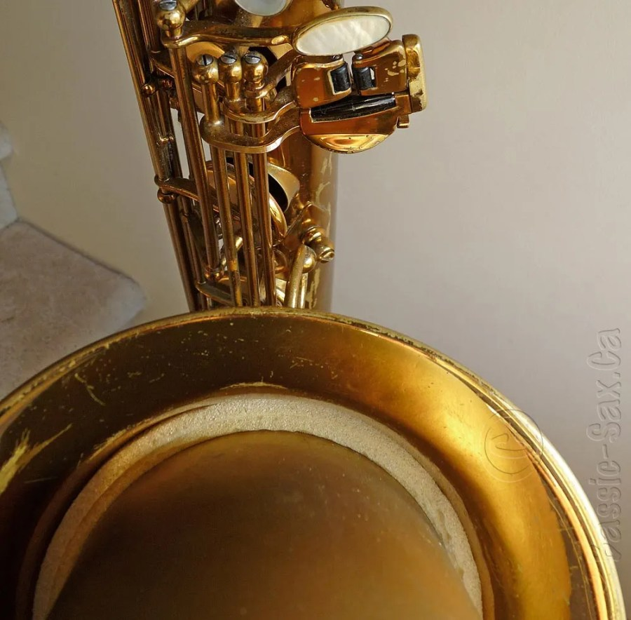 Selmer Mark VI low Bb baritone with low A extension, baritone sax, bell, saxophone keys