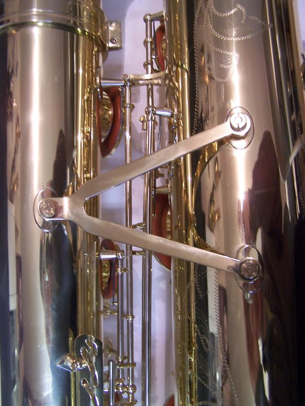 bass saxophone, International Woodwind
