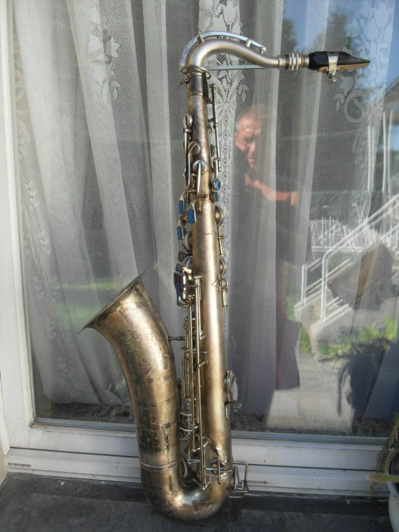 Akustik tenor, serial # 1440. Source: spirollus123 on eBay.de
