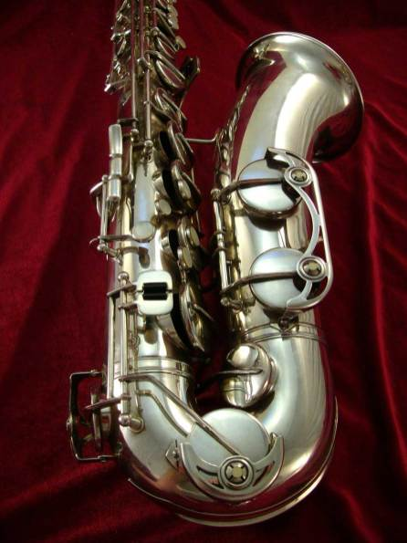 tenor saxophone, silver plated, sax keys, sax bell and bow