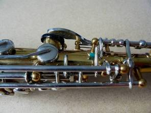 B&S blue label soprano, serial # eBay.com 46XX. Source: