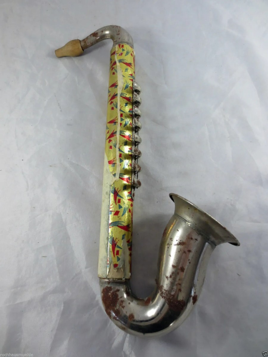 East German blow accordion, saxophone-shaped musical instrument, vintage musical instrument from the DDR