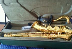 B&S Codera tenor saxophone, tenor sax, goose neck, sax case