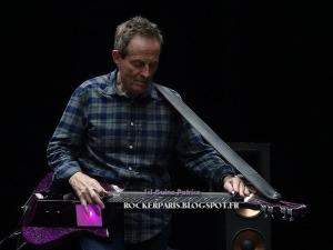 john paul jones bassiste minibus pimps