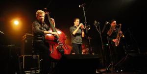 jazz contrebasse kyle eastwoood