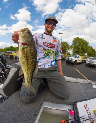 A lot of attention this week on Oklahoma anglers to do well at BASSfest, but nobody's picking James Elam. Except me: Elam will be in the mix this week. Photo by Joel Shangle.